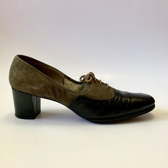0f5dc92919a5e Vintage 1960s suede and leather heel oxfords